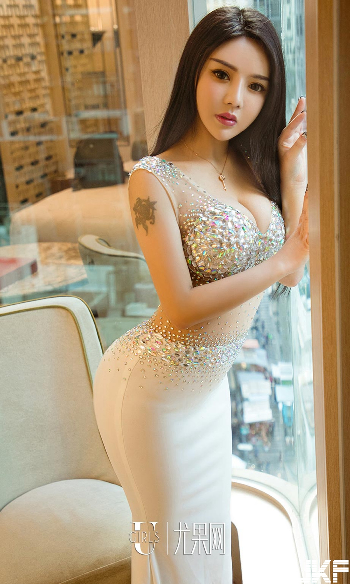 hot body Chinese glamour